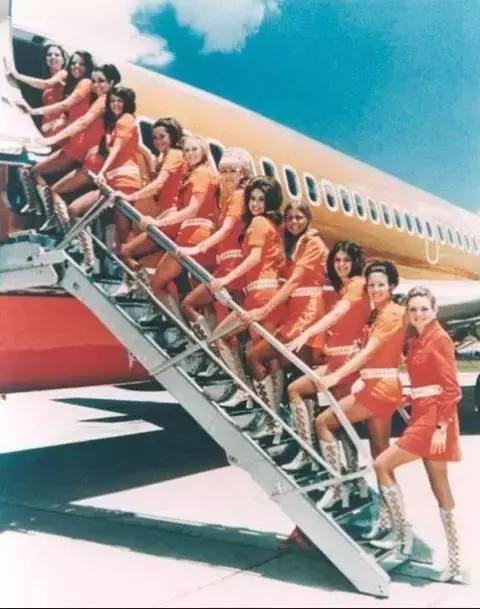 100张世界级空姐照!大饱眼福!法国太惊艳,美国太特别
